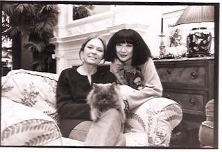 Gloria Steinem and Kyoko Michishita