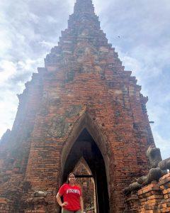 Jinan Sous at temple entrance in yutthaya, Thailand